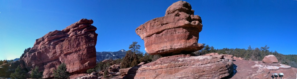 Balanced Rock, Garden of the Gods Park.
