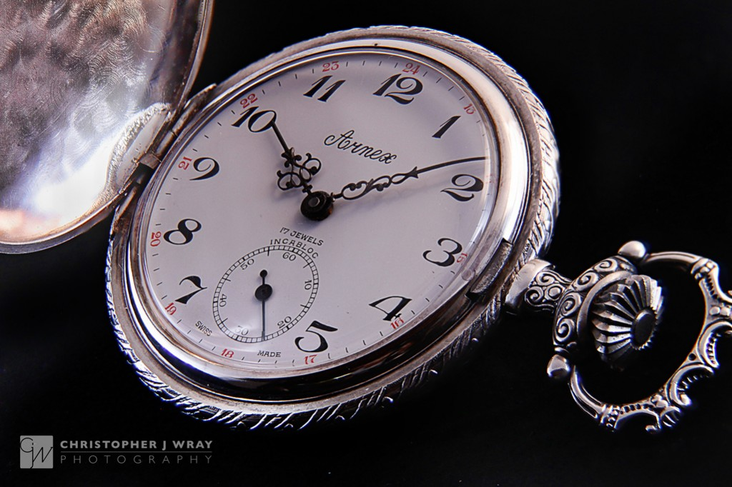 Arnex pocket watch. ISO 400, 95mm, f/5.6, 1/4s, 36 image focus stack composite.